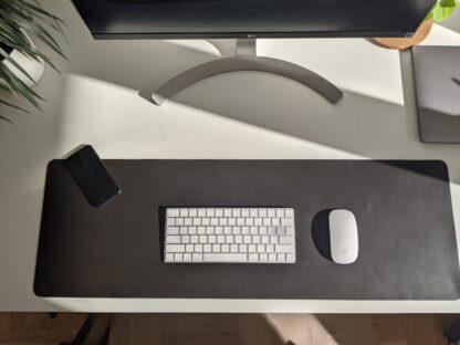 Bieżnik - podkładka na biurko, pod klawiaturę - ciemny brąz - z góry