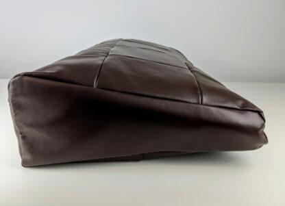 Zdjęcie profilowe poduszki podnóżka brązowego